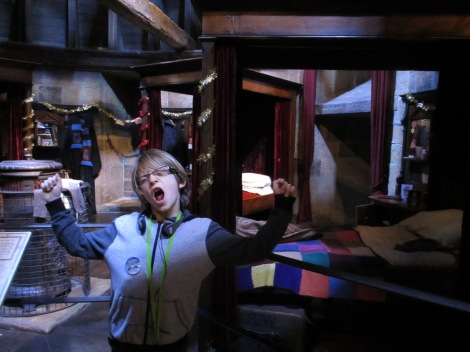 """Waking up in """"his"""" dorm room at Hogwarts"""