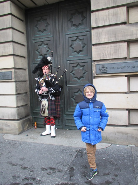 Bagpiper and... a bagpipe-appreciator