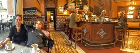 Beautiful Café Iruña, Bilbao